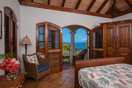 LBC BR Palm Suite with Ocean View Deck