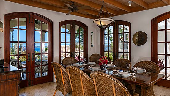 Villa Las Brisas Caribe formal dining room