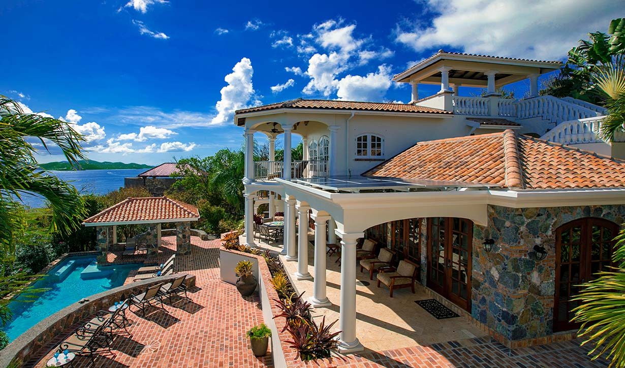 Villa Las Brisas Caribe Overlooks the Caribbean